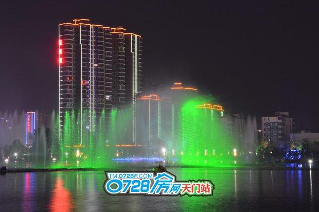 东湖金利屋夜景