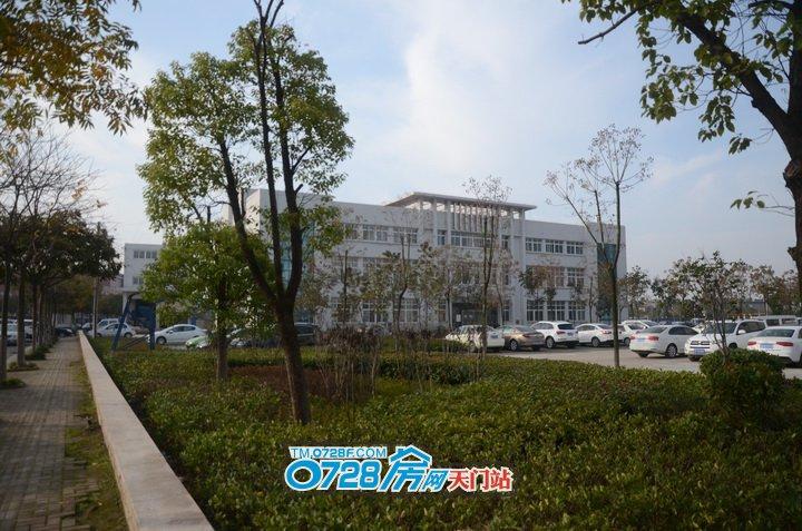 西湖阳光壹号项目地址旁是政务中心