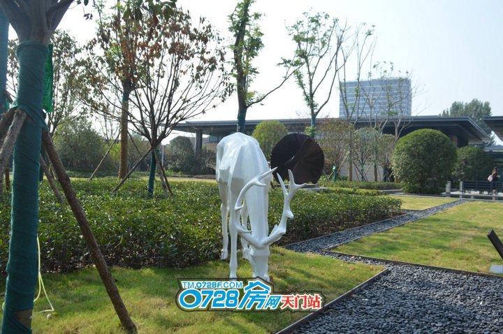 古筝曲声悠扬,在国风大境中,让人感受中国艺术的精髓